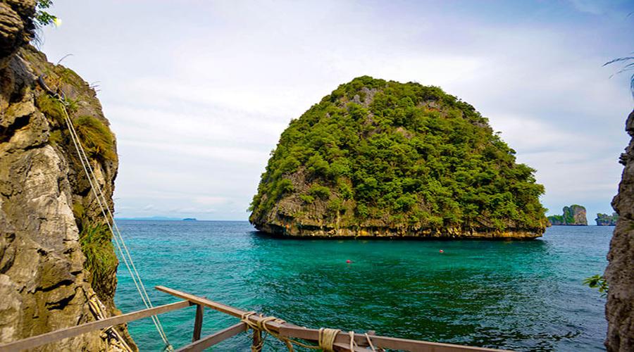 Private Phi Phi & Khai island