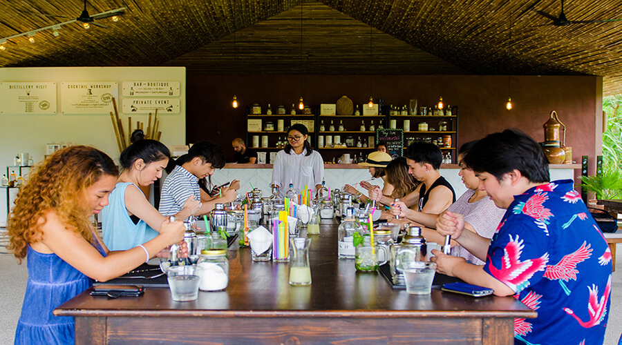 The Real Phuket Sightseeing by Insider Guide with Rum Cocktail